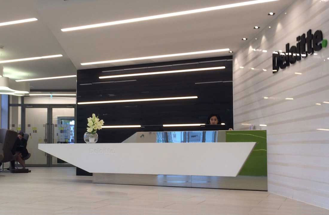 Delta Light Femtoline (Reception Area)