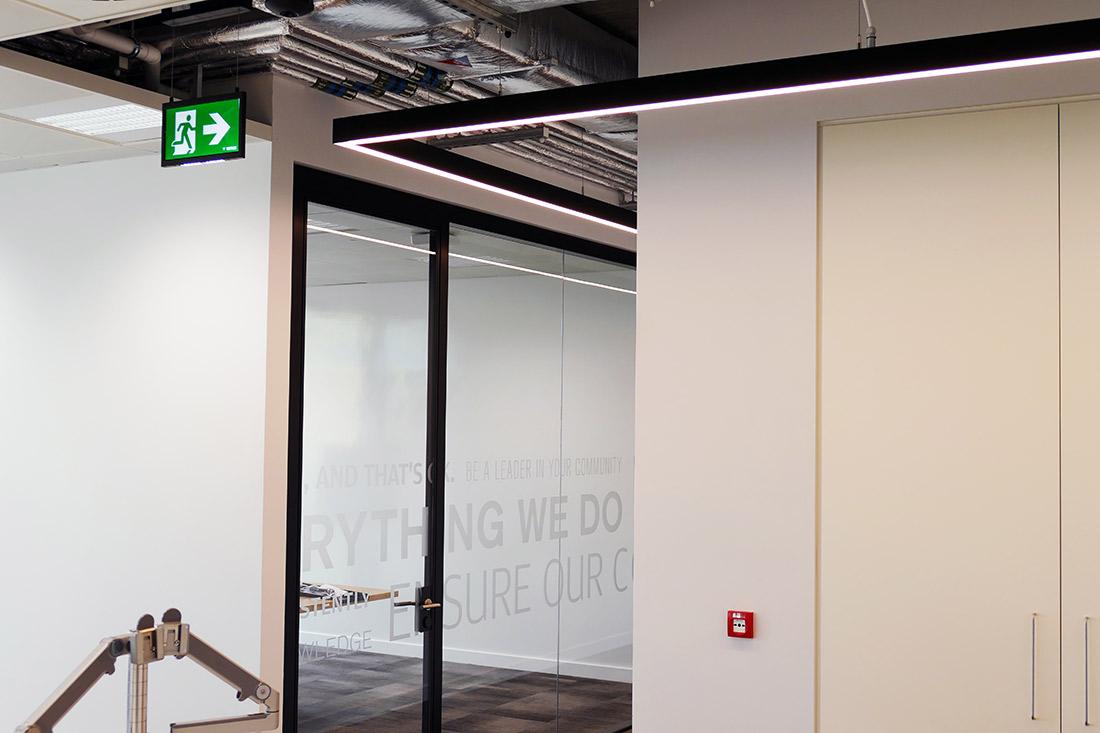 Architectural Lighting L-Corner