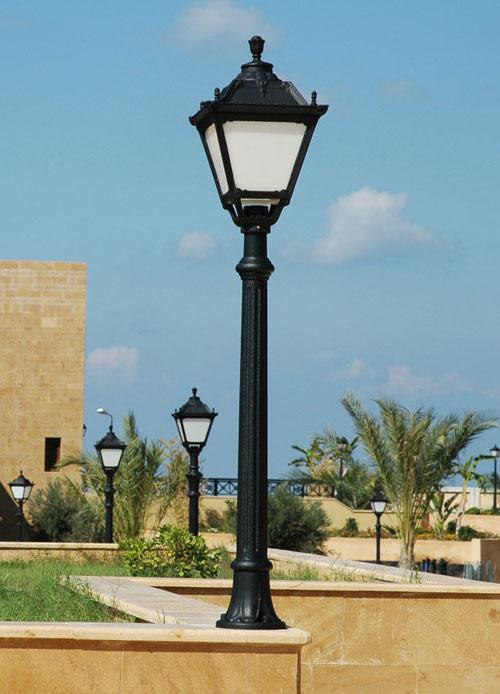Aloe Post with Tobia Lantern