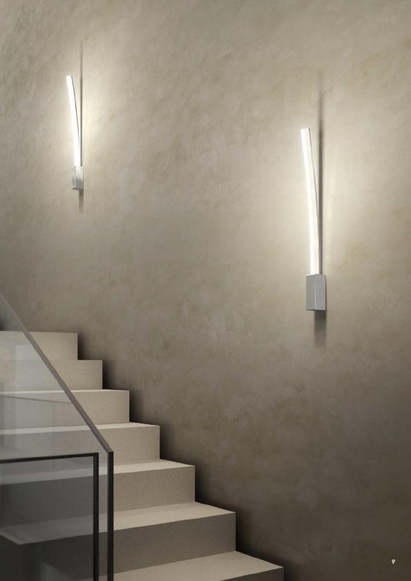 Florian-Light-Arc Wall