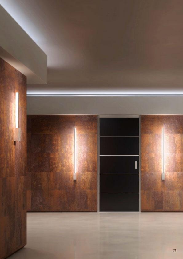 Florian-Light-Line Wall Luminaire