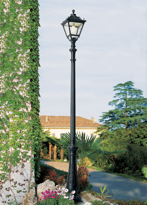 Nebo Post with Tobia Lantern