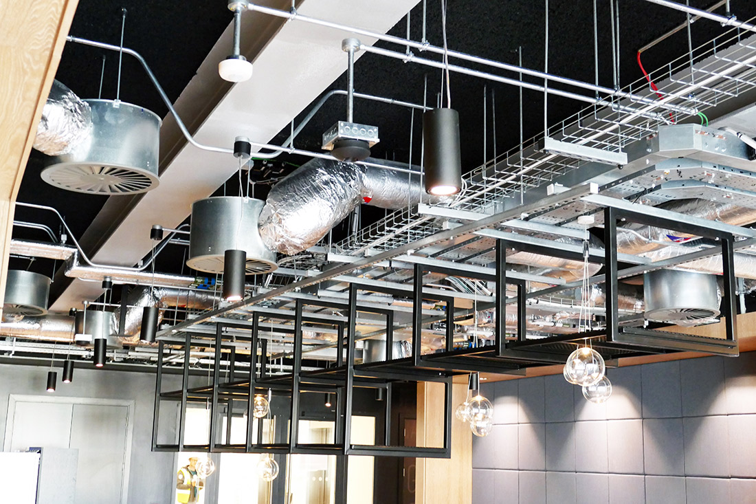 Steamer Suspension fitting from Orbit Lighting in Café in JP Morgan Dublin