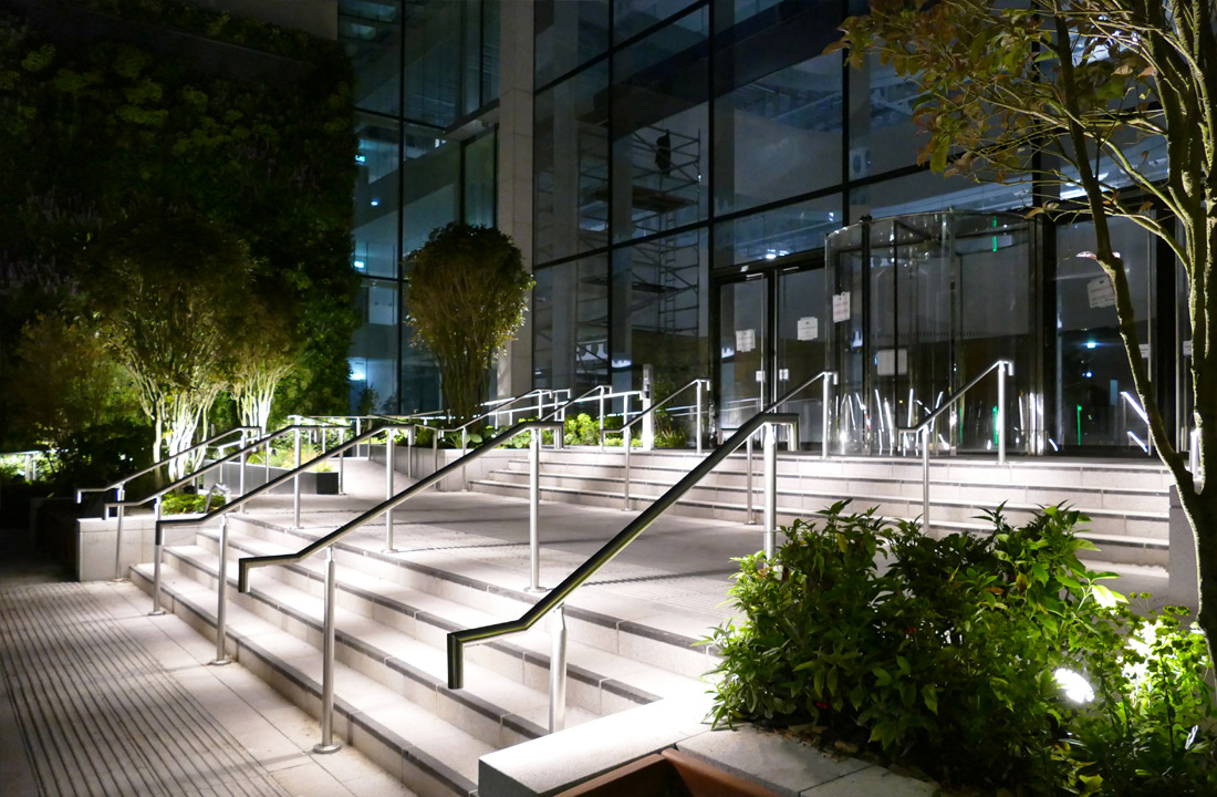 Custom design handrail lighting system