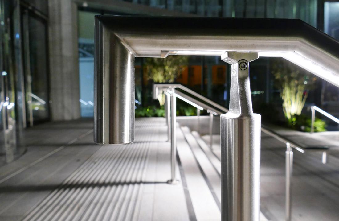 Emergency handrail lighting solution