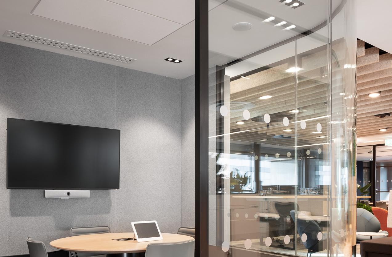 Vanguard Meeting Room Regent Kronos Double